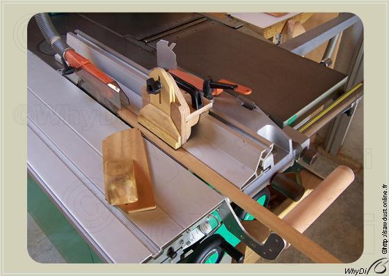 Sawdust coupe parall le avec la scie circulaire - Guide de coupe pour scie circulaire ...